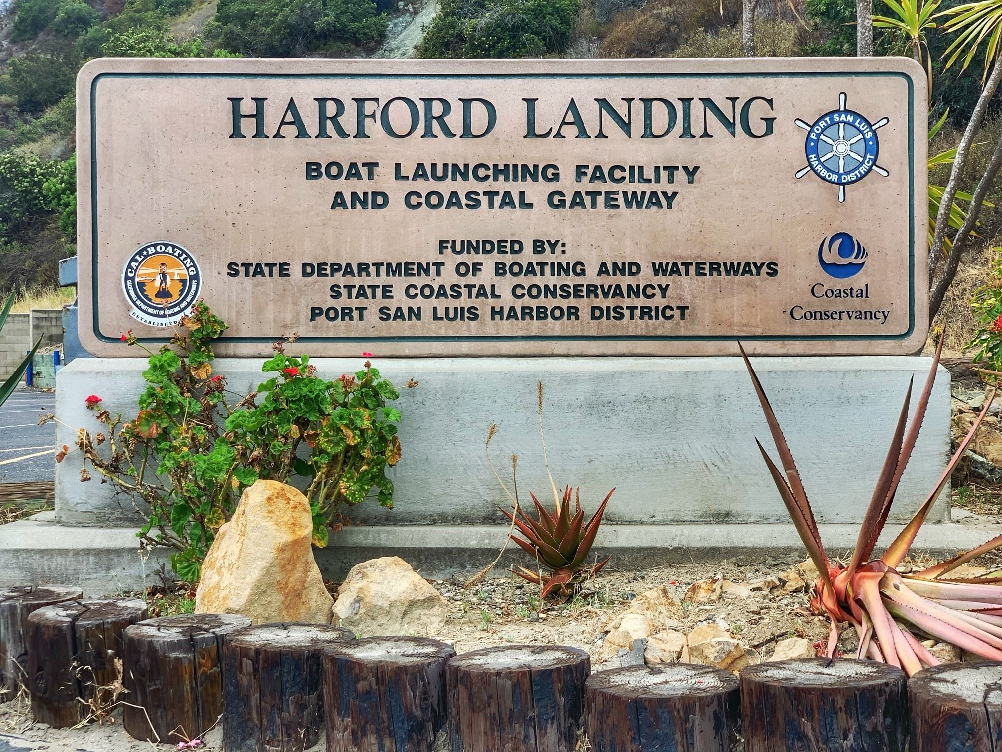 Harford Landing Sign